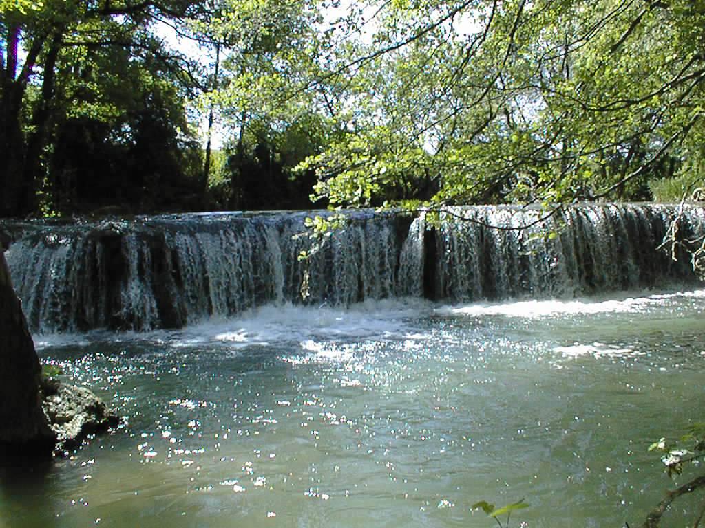 Alzon - cascade du Gavot
